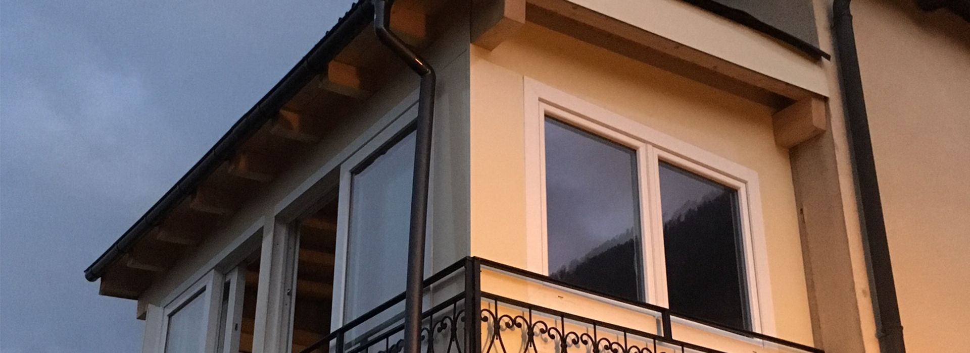 veranda beige